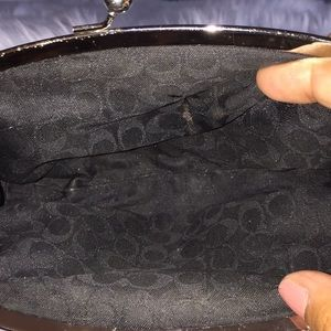 Coach Bags - Coach Leather Kiss Closure Wristlet